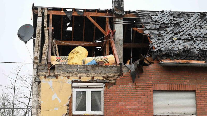 dommages constatés à la suite du passage de la tornade de Roetgen, le 13 mars 2019. Source : Aachener Zeitung