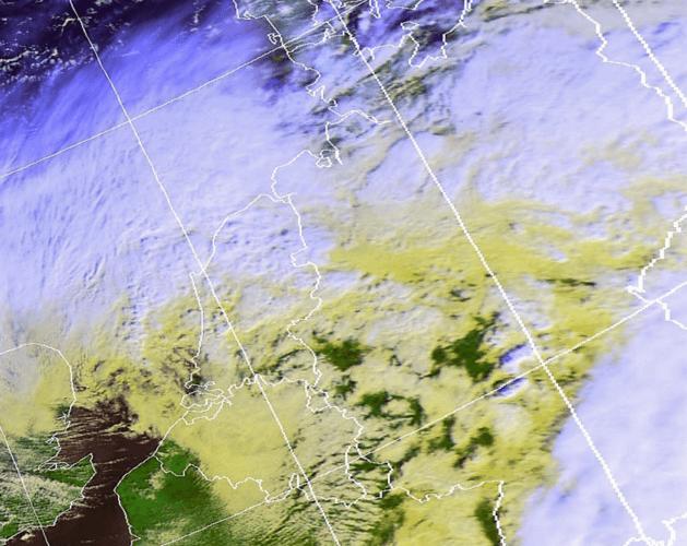 Le centre de la tempête Eberhard gagne le centre des Pays-Bas peu avant midi le 10 mars 2019 (source: Wokingham Weather).
