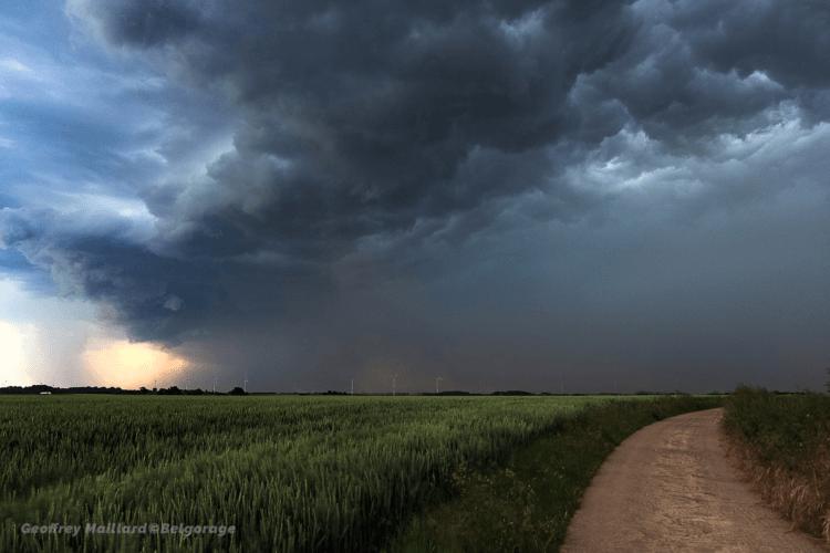 Passage de l'écho en arc sur la région de Landen, en province du Brabant Flamand, le 4 juin 2019. Crédit photo : Geoffrey Maillard.