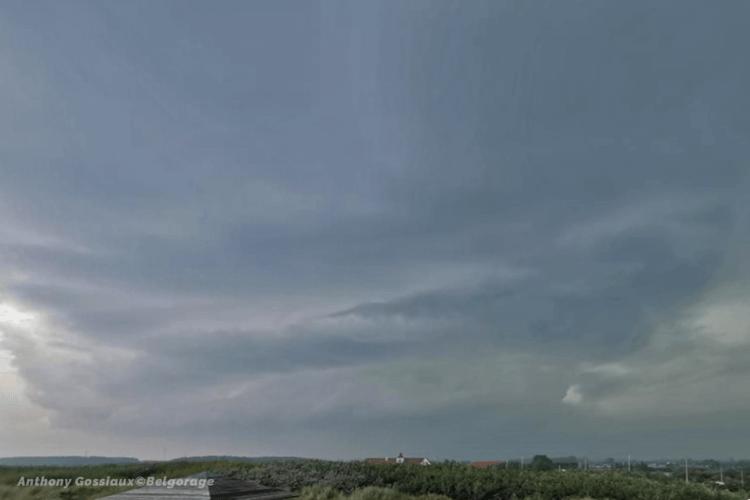 Orage sévissant dans la région de Zeebrugge (province de Flandre Occidentale) le 17 juin 2020 vers 14h00. Crédit Photo : Anthony Gossiaux
