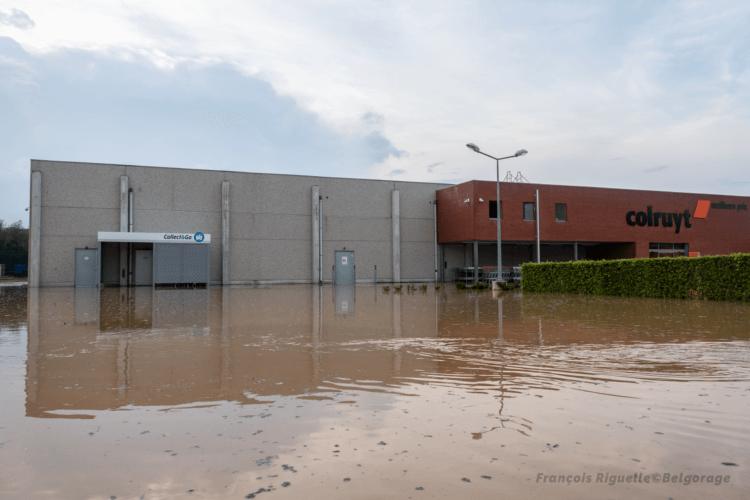 Commerce inondé à Gastuche, en province du Brabant Wallon, le 13 août 2020. Crédit photo : François Riguelle