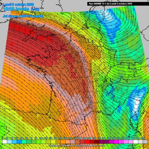 Direction et vitesse du vent à 300 HPa le 5 octobre 2020 à 18h00 selon le modèle Arome. Source : Meteociel