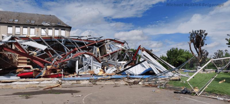 Dégâts observés à Beauraing, en province de Namur, suite au passage d'une tornade d'intensité F2 (haut de l'échelle) le 19 juin 2021.