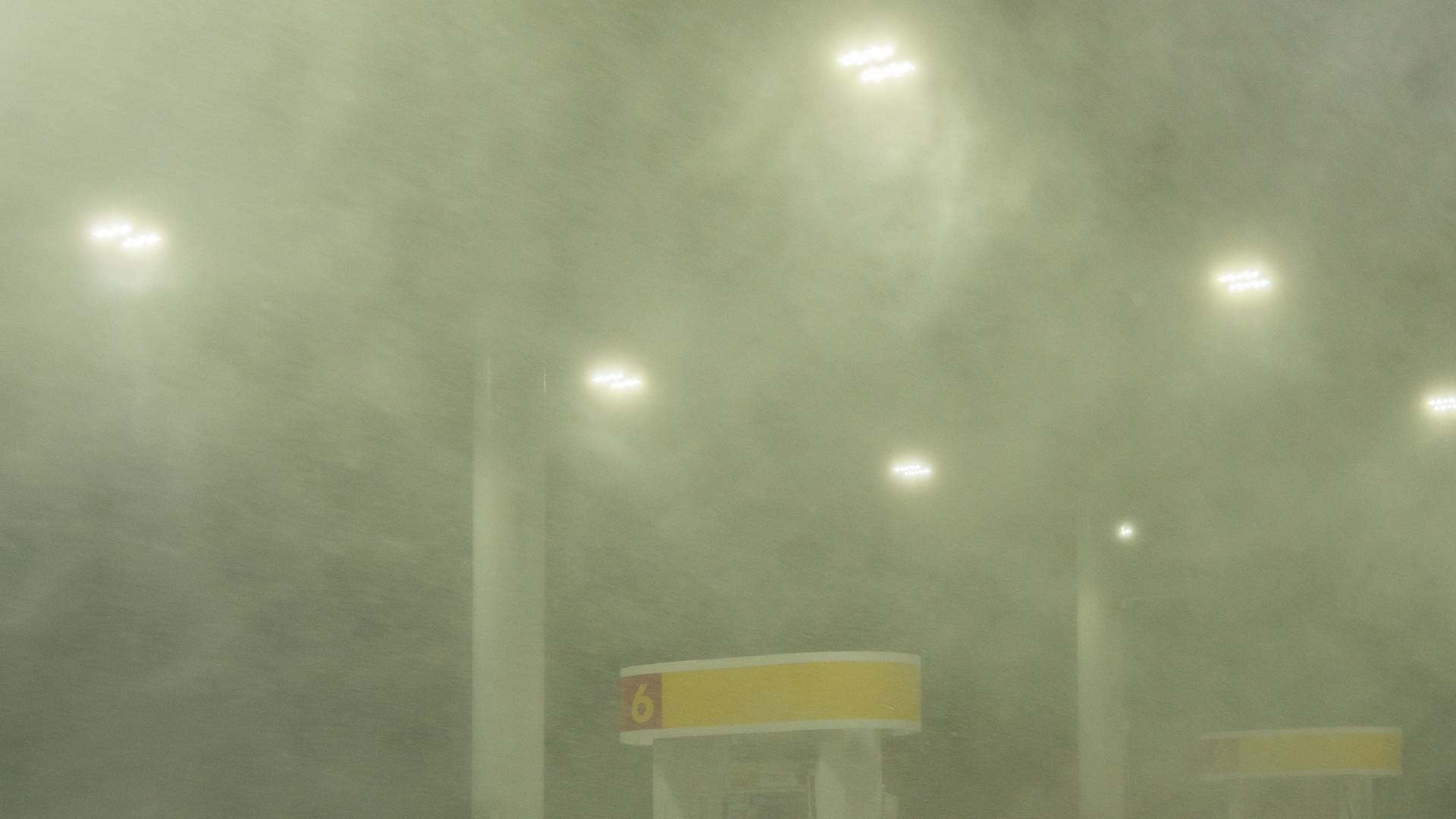 Instant d'orages – Rafale descendante associée au RFD (110 à 140 km/h) d'une supercellule HP
