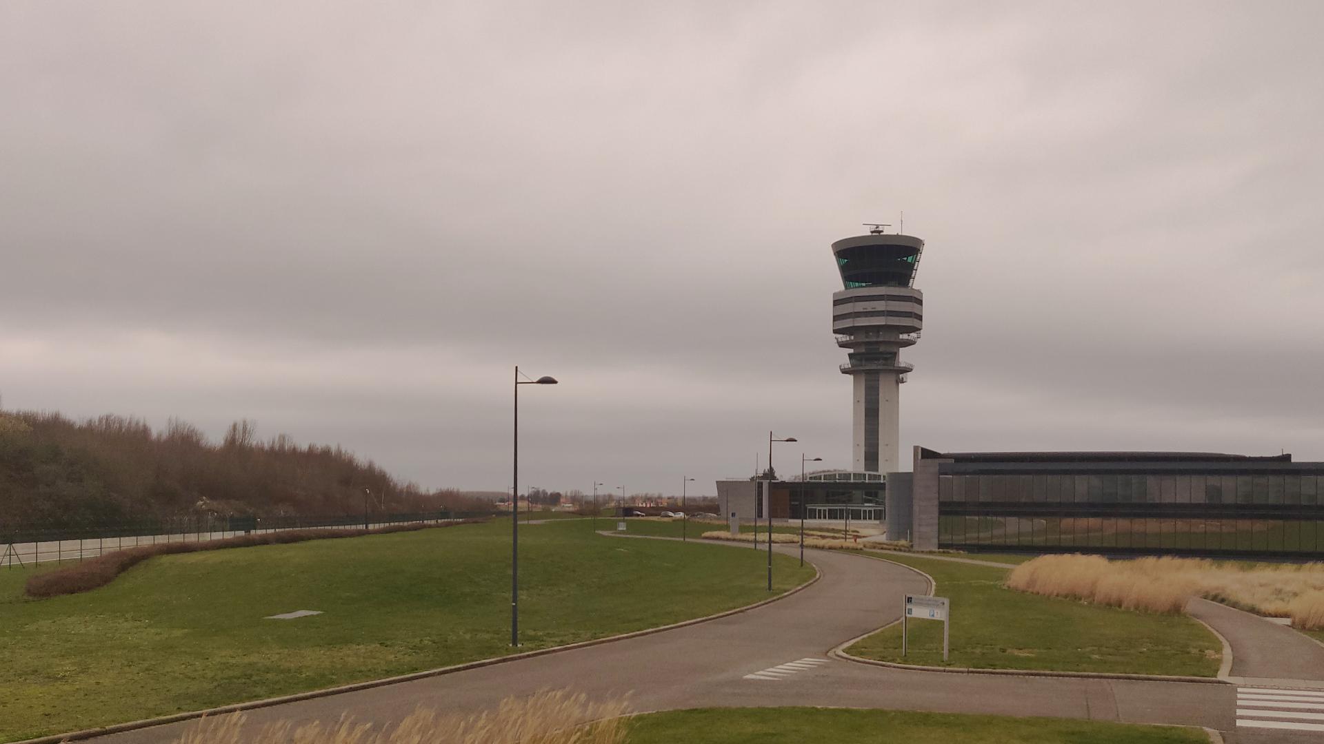 Instants d'orages – Tempête et ligne de grain à l'aéroport de Bruxelles